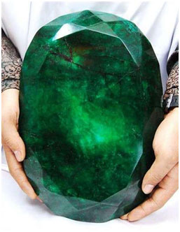 Is this the worlds largest emerald? You be the judge - Bluphire.